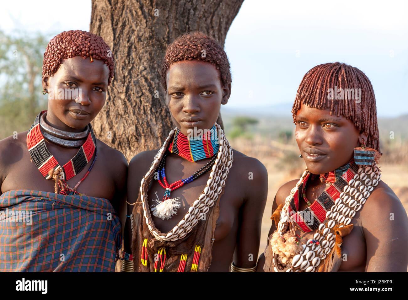 34-mursi-tribe-woman-mago-omo   Viajes fotograficos al